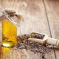 Lněný olej výborný pro děti i v těhotenství. Jaké jsou jeho účinky