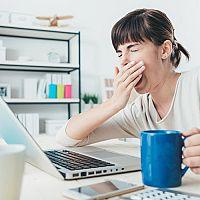 Co proti únavě a vyčerpanosti? Léky, čaj nebo vitamíny