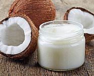 Kokosový olej je nejlepší na obočí, vlasy i hubnutí
